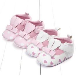 Обувь для кроликов онлайн-2019 Весной новые женские детские милые детские туфли трехмерные уши нескользящей обуви, чтобы дарить девушкам подарки милые ботинки кролика