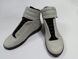 Hohe Qualität Maison Martin Margiela High Top Sneaker mans Schuhe Herren Walking Flats Schuhe rot MM Trainer Kanye West Casual Schuhe 38-46 von Fabrikanten