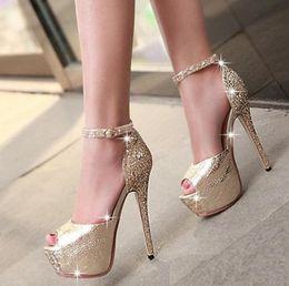 2019 zapatos del banquete de boda del brillo peep toep Zapatos de mujer Glitter con lentejuelas correa del tobillo plataforma alta peep toe bombas fiesta de baile vestido de boda zapatos de mujer sexy tacones altos tamaño 34 a 39 rebajas zapatos del banquete de boda del brillo peep toep