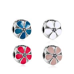 30e4467581a0 20 unids perlas de esmalte de los encantos se adapta a Pandora azul blanco  rojo rosa DIY joyería europea pulseras brazaletes mujeres niñas mejores  regalos ...