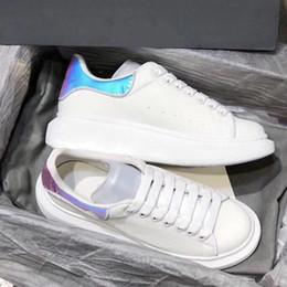 Sacos de couro de grandes dimensões on-line-Melhor qualidade Sapatos de Grife Sapatilhas Plataforma Branca Reflexivo 3 M Sneakes De Grandes Dimensões Low top Formadores de Couro SZ 4-11 com saco de pó de 25 cores