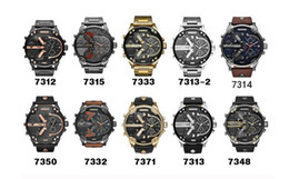 Venta caliente Hombres Corriendo Relojes Deportivos Gran Dial Pantalla Top Marca Reloj de lujo Reloj de cuarzo Tabla de deportes Relojes de pulsera de moda desde fabricantes