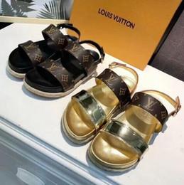 Estilos de sapatos europeus para mulheres on-line-19ss new hot alta qualidade sapatos estilo europeu de couro importado sandálias femininas chinelos femininos moda feminina de salto alto