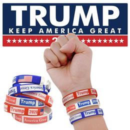 Braccialetto creativo di sport Trump 2020 Braccialetto sportivo sportivo in silicone Fitness in gomma US Flag Wristband Party Festival Gift LJJT1459 cheap fitness flag da bandiera fitness fornitori