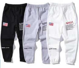 2019 Европейский и американский бренд Tide вышитый флаг, плюс бархатные модели для мужчин и женщин, пары повседневных спортивных брюк. от