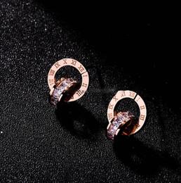 2019 fil étoile rouge 2019 nouvelle bague de créateur en titane de goujons en acier de mode féminine en or rose avec boucles d'oreilles en cristal livraison gratuite