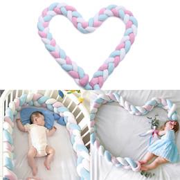 2M младенца Бампер Кровать Braid Узел Подушка бампер для детской кроватки Bebe Protector Cot Decor Room от