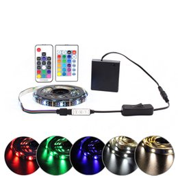tiras de led impermeables bateria Rebajas Tira de luz LED de batería RGB 5V SMD 5050 2538 Tira LED a prueba de agua IR Mando a distancia Mando a prueba de batería LED alimentado Raya de cinta LED