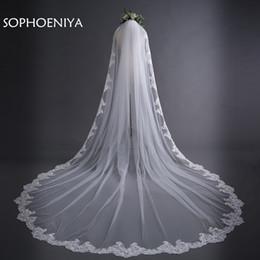 Mantilla de renda de véu de casamento on-line-Mais novo Marfim Catedral Véus De Noiva Longo Borda Do Laço Véu de Noiva com Pente Acessórios Do Casamento de Noiva Casamento Mantilla