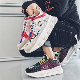 808a1703aa Sports dad shoes 2019 nova moda patchwork cores massagem aumento da altura  unisex casal sapatos ao ar livre dos homens sapatos casuais preto tamanho:  35-44
