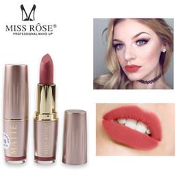 color de labios rosa Rebajas MISS ROSE Nuevo lápiz labial mate coreano Maquillaje a prueba de agua Mate Batom Barra de labios Color rojo sexy colorete con un poco de brillo Lápiz labial Tinte de labios