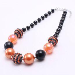 2019 halloween chunky perlenketten Mode schwarz + orange farbe halloween mädchen kid chunky perlen halskette neueste halloween bubblegum bead chunky halskette schmuck für kinder günstig halloween chunky perlenketten