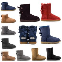 Hohe pelzschnee stiefel online-boots Modedesigner Frauen Knöchel Winter Australien Stiefel Kastanienschwarz Stiefeletten groß Bailey Bowknot Damen Arbeit Schnee kniehohe Pelzstiefel