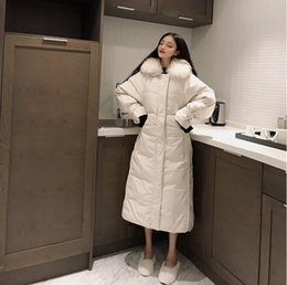 Schwarze gesteppte pelzjacke online-2019 Frauen wattierten den Winter der wärmen unten Jacken-Frauen plus Größen-lange gesteppte schwarze mit Kapuze Pelz-Mantel-Jacke Parkas freies Verschiffen