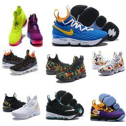 pretty nice f7c23 393b0 2019 billig Ashes Ghost Florale Qualität Lebrons 15 Basketballschuhe Männer  Lebron Schuhe Sneaker 15s Herren Sportschuhe James 15 US 7-12