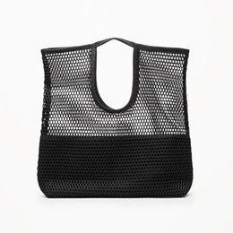 2020 синий цветочный сумка бренд женщины сумку выдолбить ломбера сумки цветочный принт плечо сумки дамы PU кожаный сумку красный / серый / синий дешево синий цветочный сумка