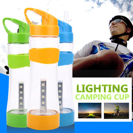 2019 nachtlicht tasse Camping Wasserflasche Laterne Flutlicht Beleuchtung Sport Cup 500 ML 1200mA Multifunktions Portable Outdoor Nachtlicht günstig nachtlicht tasse