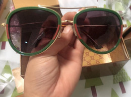 Marca de óculos de sol europeia para mulheres on-line-Designer de marca de luxo novos óculos de sol moda óculos de armação grande homens e mulheres modelos estilo europeu abelha óculos de sol 0062