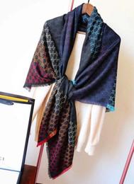 Designer de cachecol de caxemira para as mulheres 2019 nova marca lenços de fios coloridos lenços 140 * 140 cm lenços Pashmina infinito cachecol mulheres xales de Fornecedores de embrulho de presente de férias por atacado