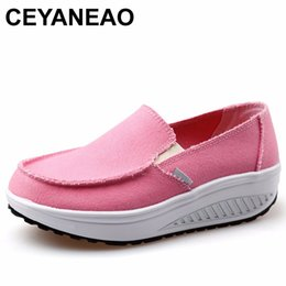 neue frauen gestalten schuhe Rabatt CEYANEAO2018 Neue Frauen Slip On Swing Schuhe Leinwand Form Up Toning Wedges Plateauschuhe Walking SneakersE939