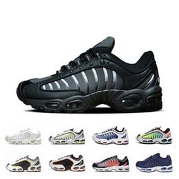Scarpe da ginnastica nere scontate online-Sconti OG Gradient Tailwind 4 IV Mens scarpe Università rosso navy e nero dell'oro Pure Platinum SUP Sneakers sportive Cuscino uomo che corre
