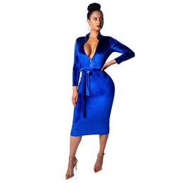 Herbst Winter Königsblau Samt Kleid Frauen Sexy Langarm Front Zip Weihnachten Kleid Vintage Damen Stehkragen Schärpen Kleid NZK-1611 von Fabrikanten