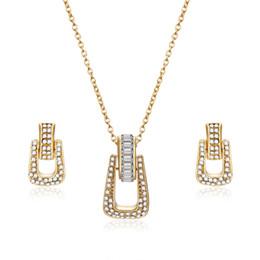 Ювелирные наборы для подружек невесты онлайн-Cute Pave Cubic Zirconia Wedding Jewelry Sets For Bridal Bridesmaid Gold Color Alloy Full CZ Geometric Pendant & Necklace Collar