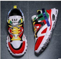 2a5d6089b6b con la caja 2019 Zapatillas de correr para hombre y para mujer Zapatillas  de deporte True Form Clay Hyperspace Hombres Diseñador de marca popular ...