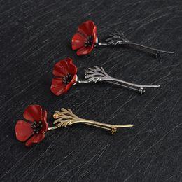 Flores de ramillete negro online-Flor de amapola roja Calamar Broche Pin Collar Ramillete Oro Plata Negro Pins Camisa Insignia Joyería Vintage Regalo para las mujeres