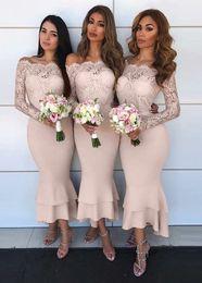 2019 türkis rotes lila kleid Charming Lace Mermaid Brautjungfernkleider 2019 Off-Shoulder knöchellangen Brautmoden Kleider mit langen Ärmeln Stufenrock Hochzeitsgast Kleid