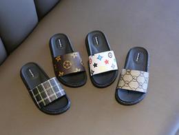 Luxus beschuht Sehne Schuhjungen und Mädchengeschenke weiche Unterseite der rutschfesten Geschenke der Sommer-Sandelholz-Kinder freies Verschiffen 493 von Fabrikanten