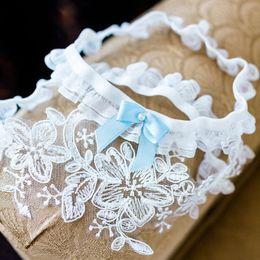 conjunto de liga de encaje vintage la liga Rebajas 1 par Liguero de bodas juego de liguero blanco nupcial de encaje de flores vintage con lazo azul