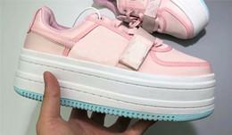 Scarpe da donna di design Vandal 2K doppio spessore Sole ragazze esclusive  Luxury brand Vandal 2X Scarpe da donna scarpe piattaforma di rialzo Top  quality ... aa49a7f22a2