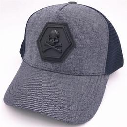 Discount mesh golf hats - Famous Brand Ball Caps Luxury Design Spring  Outdoor Golf Sun Hats ced70c00c5a