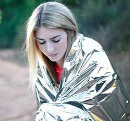 Nuova buona vendita calda Escursionismo Forniture da campeggio argento argentato Mylar Impermeabile di salvataggio di emergenza Spazio Foil Coperte termica Coperte per esterni da cosmetici naturali fornitori