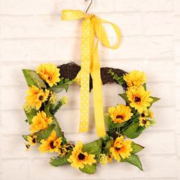 2019 porta em forma de coração Heart-Shaped Decoração do partido do casamento do girassol Artificial Flower Wreath Garland Com Amarelo folhas verdes e Front Door Janela desconto porta em forma de coração
