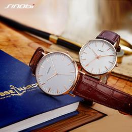 сталь синови Скидка 2PCS Hot Sale SINOBI Couple Watch Simple Elegant Grain Printed Leather Stainless Steel Men Wristwatch Women Ladies Lovers Watch