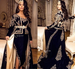Abiti kaftano online-Navy Blue Kaftan Caftan Evening Formal Dresses with Overskirt 2020 Long Sleeve Gold Lace Applique peplum arabic Prom Gowns