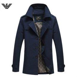 Nueva marca Winter AMNI para hombre abrigo largo de lana para hombre Abrigo de lana Bajar el cuello Hombres de doble botonadura gabardina tamaño grande Long windbreaker algodón desde fabricantes