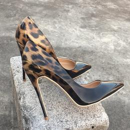 e6206c47904515 OKHOTCN Mode Frauen Leopard Lackleder Pumps Spitz 8-12 cm Stiletto Ultra High  Heel Sexy Damen Party Schuhe Size34-43