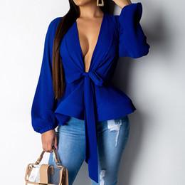 Blusa formal mujer verano online-La linterna de la manga camisa de la blusa de las mujeres 2019 verano de la manera de los marcos Wrap Oficina V-cuello de camisa de las señoras elegantes tops Mujer Ropa V191028