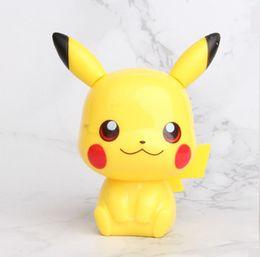 auto dekorationen zubehör Rabatt 4 Arten Pikachu Kuchen Dekoration Hand Puppe Micro Landschaft Modell Auto Zubehör Kinder Pikachu Action-figuren L097
