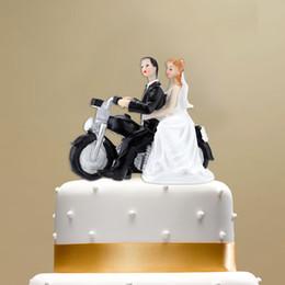figurine di alta qualità Sconti Alta qualità resina sintetica sposa sposo torta nuziale topper romantico decorazione della festa nuziale adorabile figurine regalo mestiere