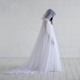 chaqueta roja de piel sintética Rebajas 2019 Capa de boda de tul de dos capas Elegante capa de novia de hadas con capucha bolero mujeres Chal 2m de longitud