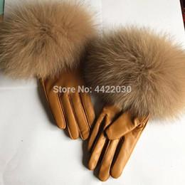 2019 luvas sem dedos crochet livre 2018 senhoras da moda artesanal de pele de carneiro artesanal à prova de vento luvas / alta qualidade luvas de peles reais senhora e uma menina