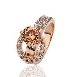 Бижутерия обручальные кольца онлайн-Классический 18 К Розовое Золото Покрытием Женщины Элегантные Обручальные Кольца Подлинная Австрийский Хрусталь Мода Костюм Кольца Ювелирные Изделия для Женщин Оптовая