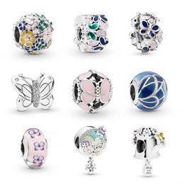 Agujero de la flor online-Nuevo estilo de flores de mariposa encanto perlas aptas para pandoa pulsera collar brazalete DIY Joyería gran agujero encantos Accesorios como regalo