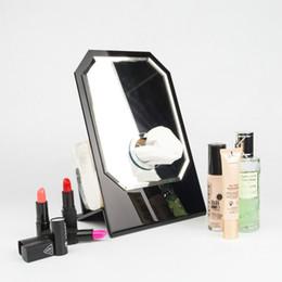 2019 acryl spiegelglas 13 berühmte c stil glas display spiegel + acryl gewebe halter vip geschenk luxus weiß geschenkbox make-up-tool für zu hause aufbewahrungsbox günstig acryl spiegelglas