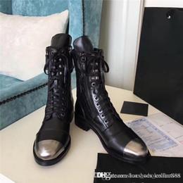 Cordones del zapato delgado online-2019 Botines con cordones de doble cremallera de artesanía pesada, personalidad Botines de motociclista de piernas delgadas de la personalidad Zapatos de plataforma de señora para botas de cuero para fiestas 34-41