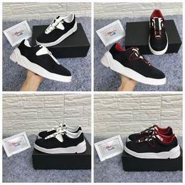 Sacchetto di qualità escursionistico online-B17 Sneaker CALFSKIN Designer Scarpe di lusso Scarpe runner scarpe casual Scarpe runner di alta qualità scarpe da trekking con scatola, sacchetti di polvere